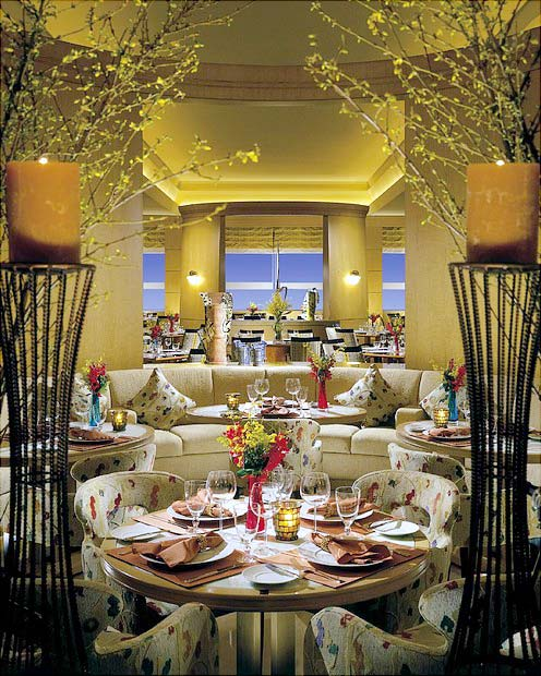 four-seasons-restaurant-acqua.jpg